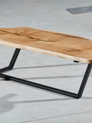 Masă din lemn de nuc